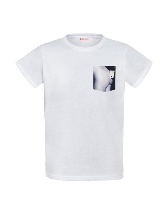 pocket-t-shirt-butt