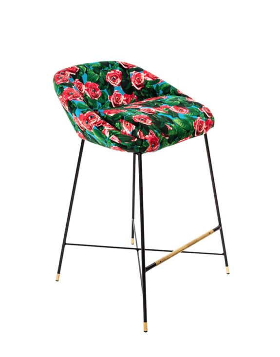high-stool-roses-01
